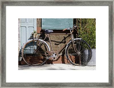 Twin Flats Framed Print by Bob Phillips