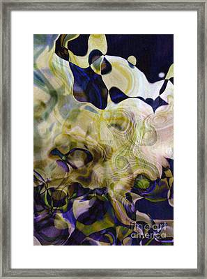 Twist-leaf Framed Print