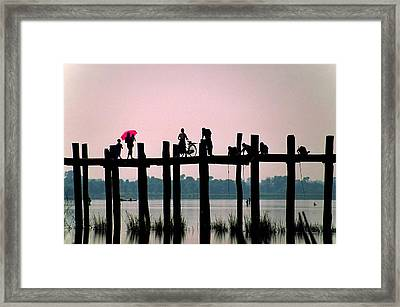 U Bien Bridge Framed Print by Dennis Cox