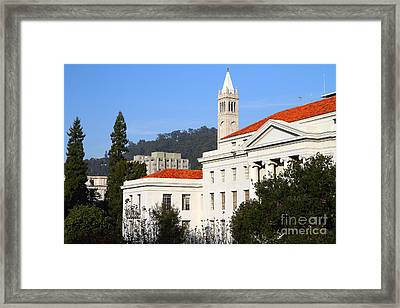 Uc Berkeley . Sproul Plaza . Sproul Hall .  Sather Tower Campanile . 7d10008 Framed Print