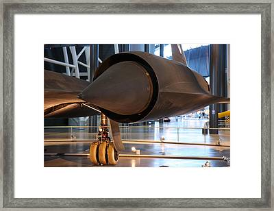 Udvar-hazy Center - Smithsonian National Air And Space Museum Annex - 121230 Framed Print by DC Photographer