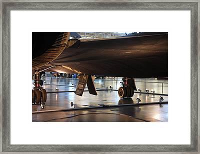 Udvar-hazy Center - Smithsonian National Air And Space Museum Annex - 121246 Framed Print