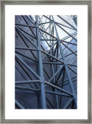 Udvar-hazy Center - Smithsonian National Air And Space Museum Annex - 121270 Framed Print by DC Photographer