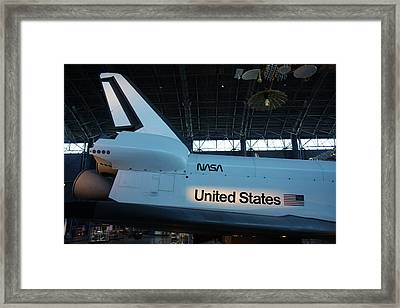 Udvar-hazy Center - Smithsonian National Air And Space Museum Annex - 121276 Framed Print by DC Photographer