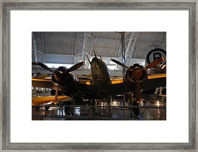 Udvar-hazy Center - Smithsonian National Air And Space Museum Annex - 121284 Framed Print