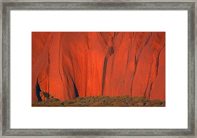 Framed Print featuring the photograph Uluru 2 by Evelyn Tambour