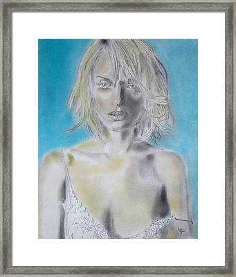 Uma Thurman Portrait Framed Print