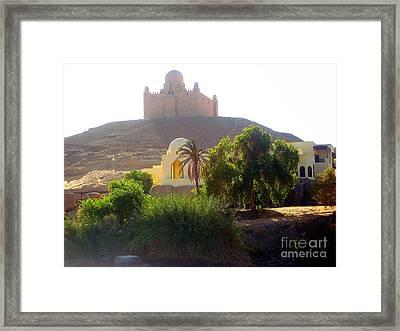 Una Moschea Nel Deserto Framed Print by Adriana Otetea