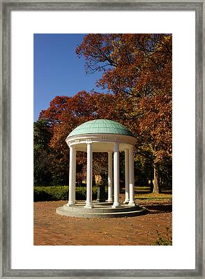 Unc-ch Old Well In Autumn Framed Print