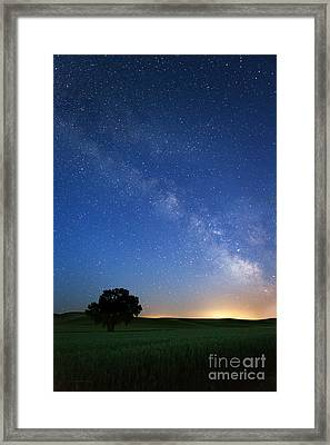 Under The Milkyway Framed Print