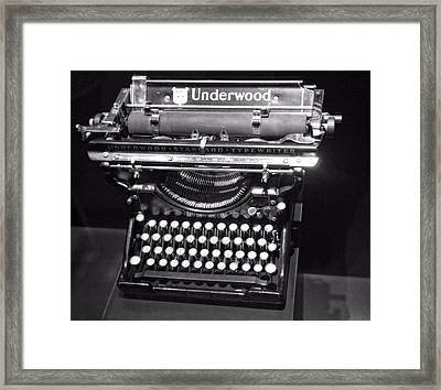Underwood Typewriter Framed Print by Dan Sproul