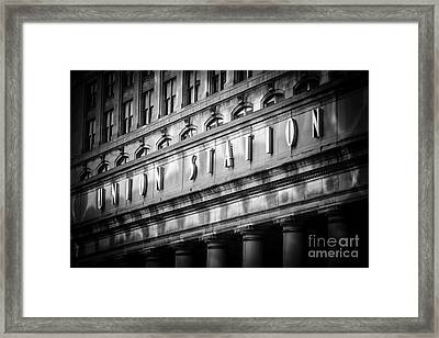 Union Station Chicago Sign In Black And White Framed Print