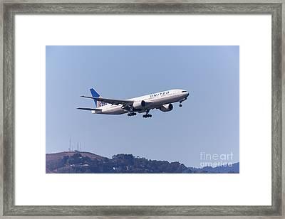 United Airlines Jet 5d29537 Framed Print
