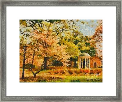University Of North Carolina  Framed Print by Elizabeth Coats