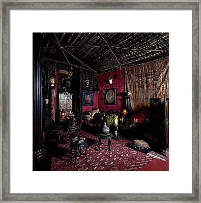 Unknown, Vittoriale Music Room, 1921 - Framed Print by Everett