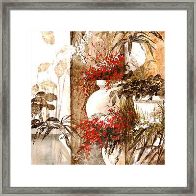 Uno Bianco Framed Print