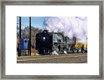 Framed Print featuring the photograph Up 844 Movin' On by Bill Kesler