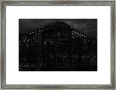 Urban Metal Framed Print by Thomas Young