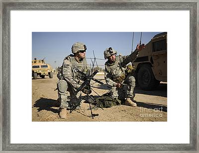 U.s. Army Soldiers Setting Framed Print by Stocktrek Images