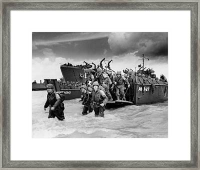 U.s. Soldiers Landing On Utah Beach Framed Print by Everett