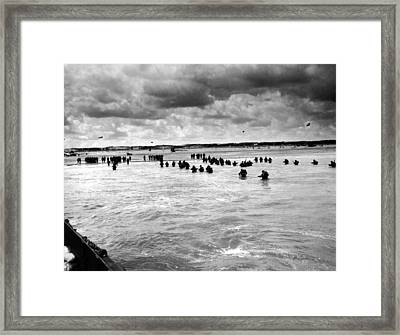 U.s. Troops Wading To Utah Beach Framed Print by Everett