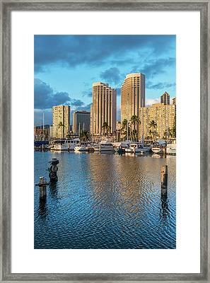 Usa, Hawaii, Oahu, Honolulu, Ala Moana Framed Print by Rob Tilley