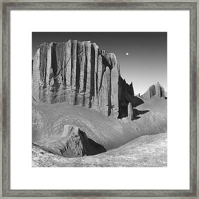 Utah Outback 20 Framed Print by Mike McGlothlen