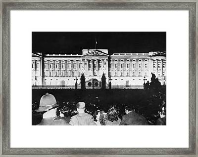 V-e Night In London Framed Print