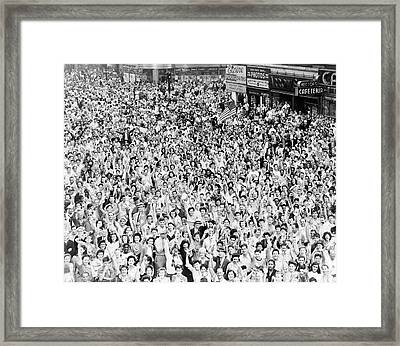 V-j Day Framed Print by Library Of Congress