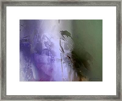 V - Kahlan Framed Print