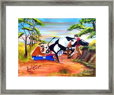 Vaca Pariedo Framed Print by Juan Carlos Gonzalez