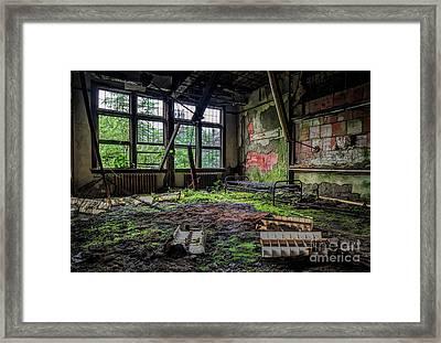 Vacant Framed Print