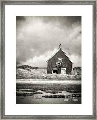 Vacation Rental Framed Print by Edward Fielding