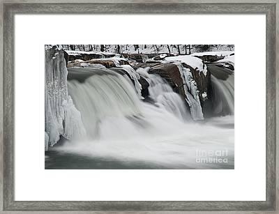Valley Falls D30009145 Framed Print