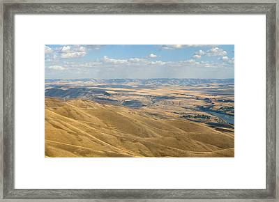Framed Print featuring the photograph Valley View by Mark Greenberg