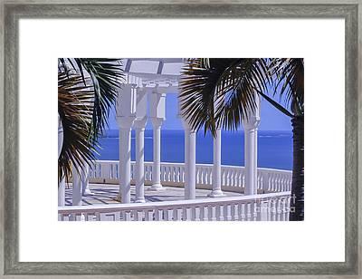 Varanda View Framed Print