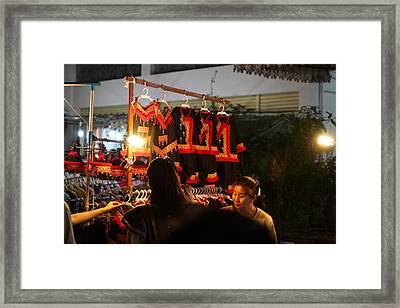 Vendors - Night Street Market - Chiang Mai Thailand - 01135 Framed Print