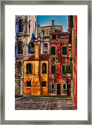 Framed Print featuring the photograph Venice Homes by Jerry Fornarotto