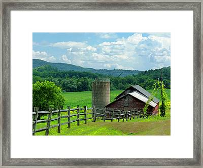 Vermont Welcome Framed Print