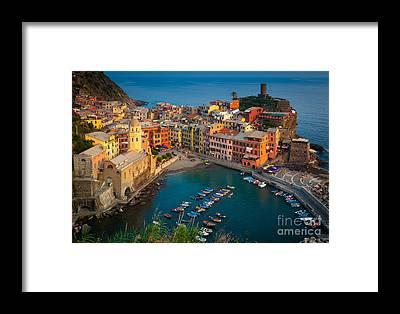 Harbours Framed Prints