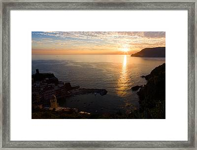 Framed Print featuring the photograph Vernazza Sunset - I by Carl Amoth