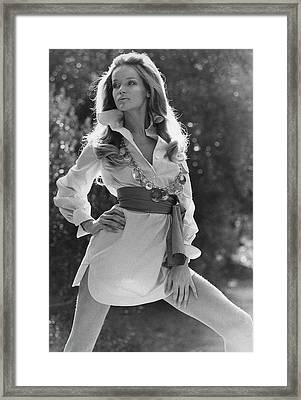 Veruschka Von Lehndorff Wearing An Alice Stuart Framed Print by Franco Rubartelli