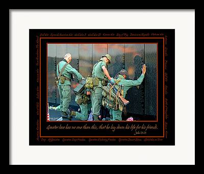 War Memorial Framed Prints