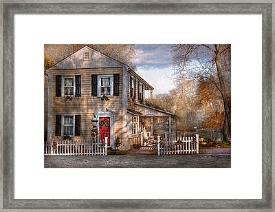 Victorian - Clinton Nj - Dreaming Of Skating Again  Framed Print by Mike Savad