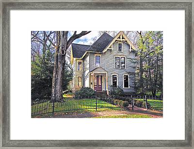Victorian In The Sun Framed Print by Dorothy Walker