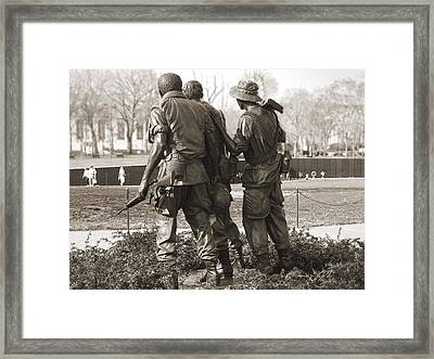 Vietnam Veterans Memorial - Washington Dc Framed Print