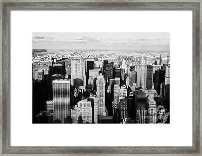 View North Towards Central Park From Empire State Building New York Framed Print by Joe Fox