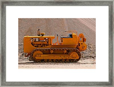 Vintage Bulldozer Framed Print by Les Palenik