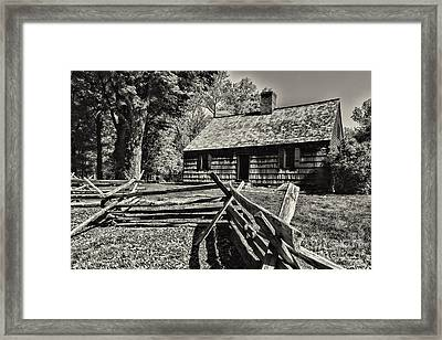 Vintage Farm House In Black And White Framed Print by Paul Ward