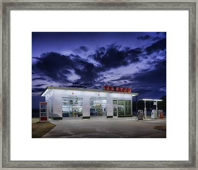Vintage Service Station In Arkansas Framed Print by Mountain Dreams